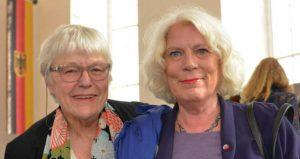 Helga Dierichs und Jutta Ebeling bei der Verleihung der Ehrenbürgerwürde an Trude Simonsohn 16.10.2016